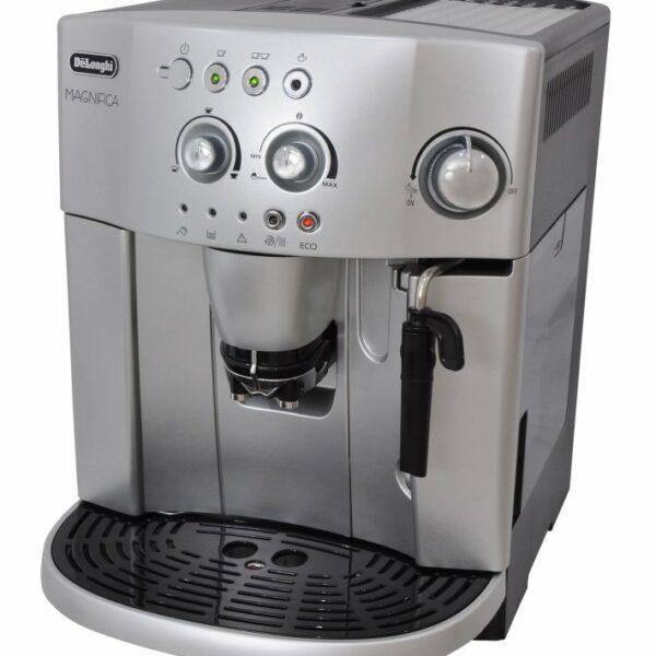 Кофемашина «De Longhi»